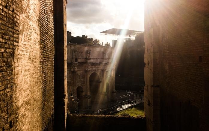 colosseum and sun
