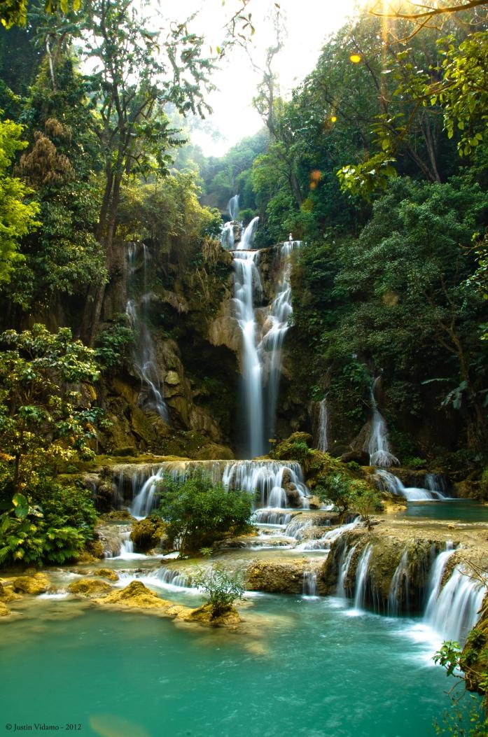 Kuang_Si_Falls,_Laos.jpg